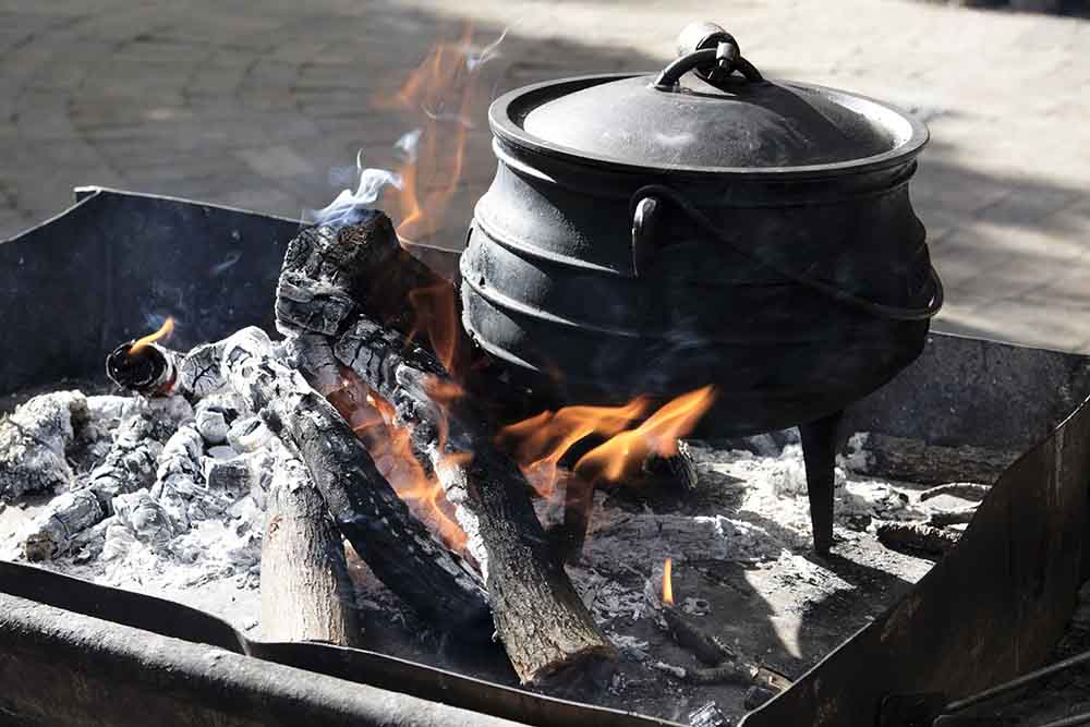 traditioneller Dutch Oven