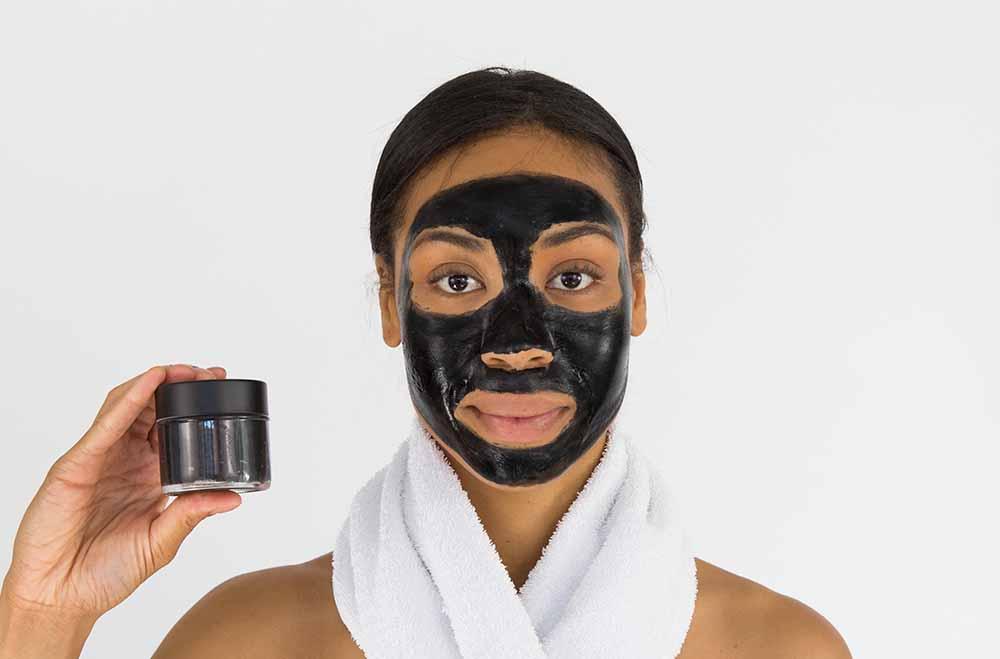 Aktiv-Kohle / Binchotan wird auch in der Kosmetik verwendet