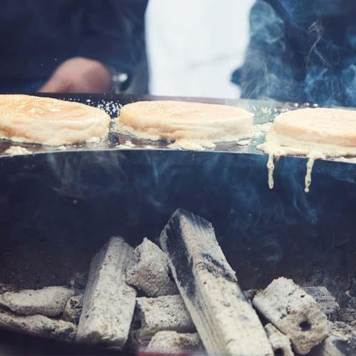 BAMBUKO Grillkohle aus Bambus von McBrikett perfekt für Feuerplatte