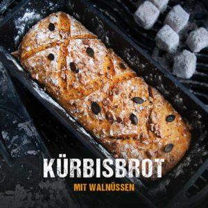 Kürbisbrot aus dem Dutch Oven | Brotteig mit püriertem und geraspelten Kürbis