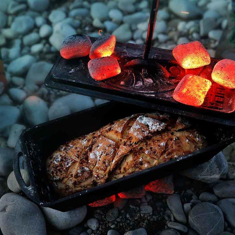 Brot aus dem Dutch Oven mit KOKOKO EGGS von McBrikett